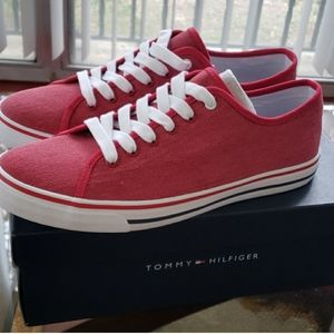 RED TOMMY HILFIGER SHOES RED SIZE 10